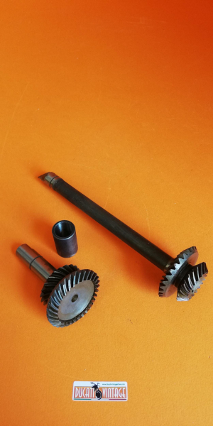 Lower and upper bevel gears +  coupling sleeve, 350cc original, new, for Ducati single-cylinder wide cases