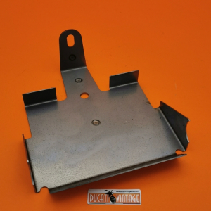 Battery support in sheet metal, perfect copy of the original, unpainted